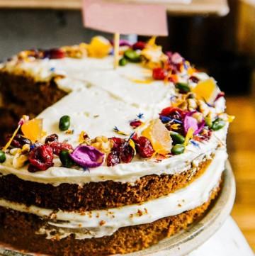 woodland wedding theme inspiration naked floral cake