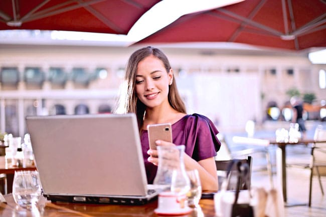Make money blogging with these blog tools as a woman blogger