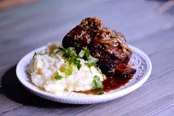 sous vide short ribs 24 hours with mashed potatoes