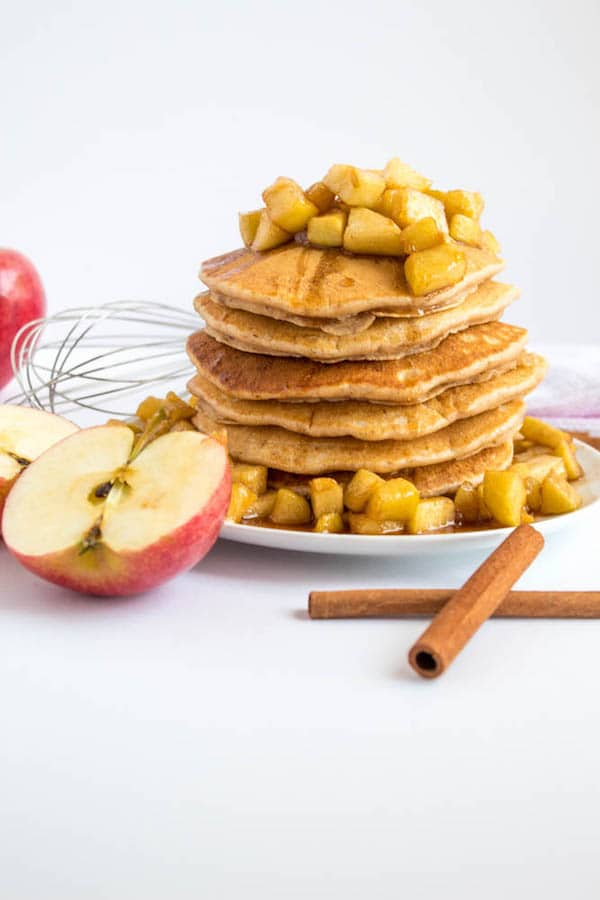 apple breakfast recipes with pancakes