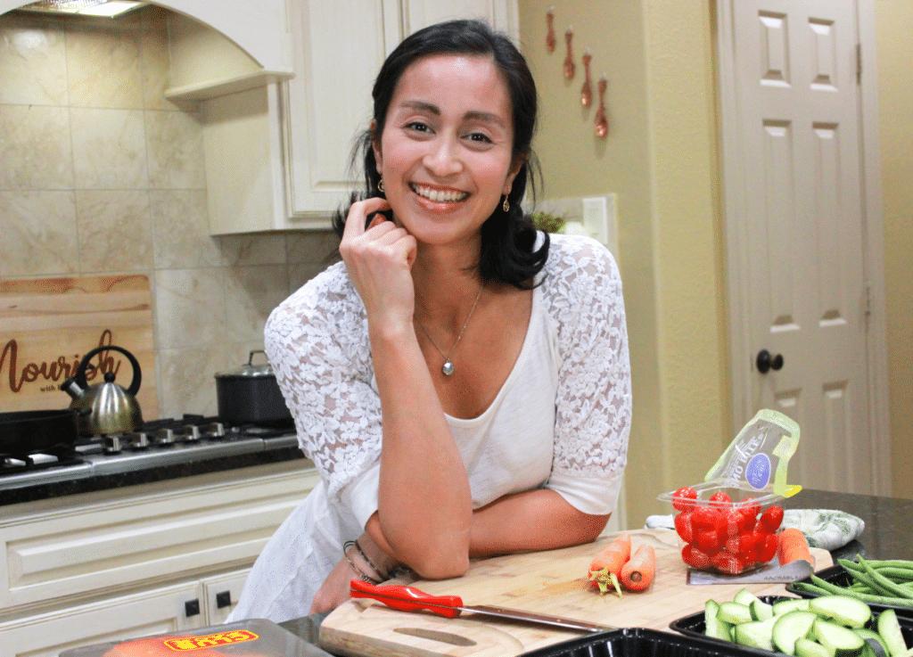 Renata Trebing from Nourish with Renata with food blogging tips
