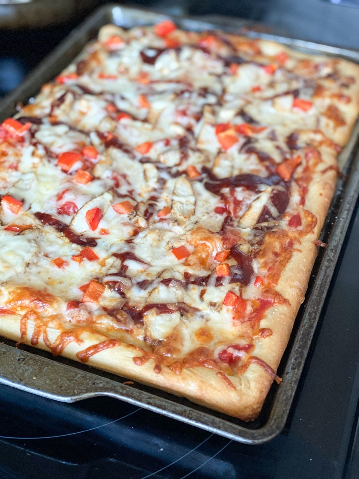 grocery store pizza crust with bbq chicken