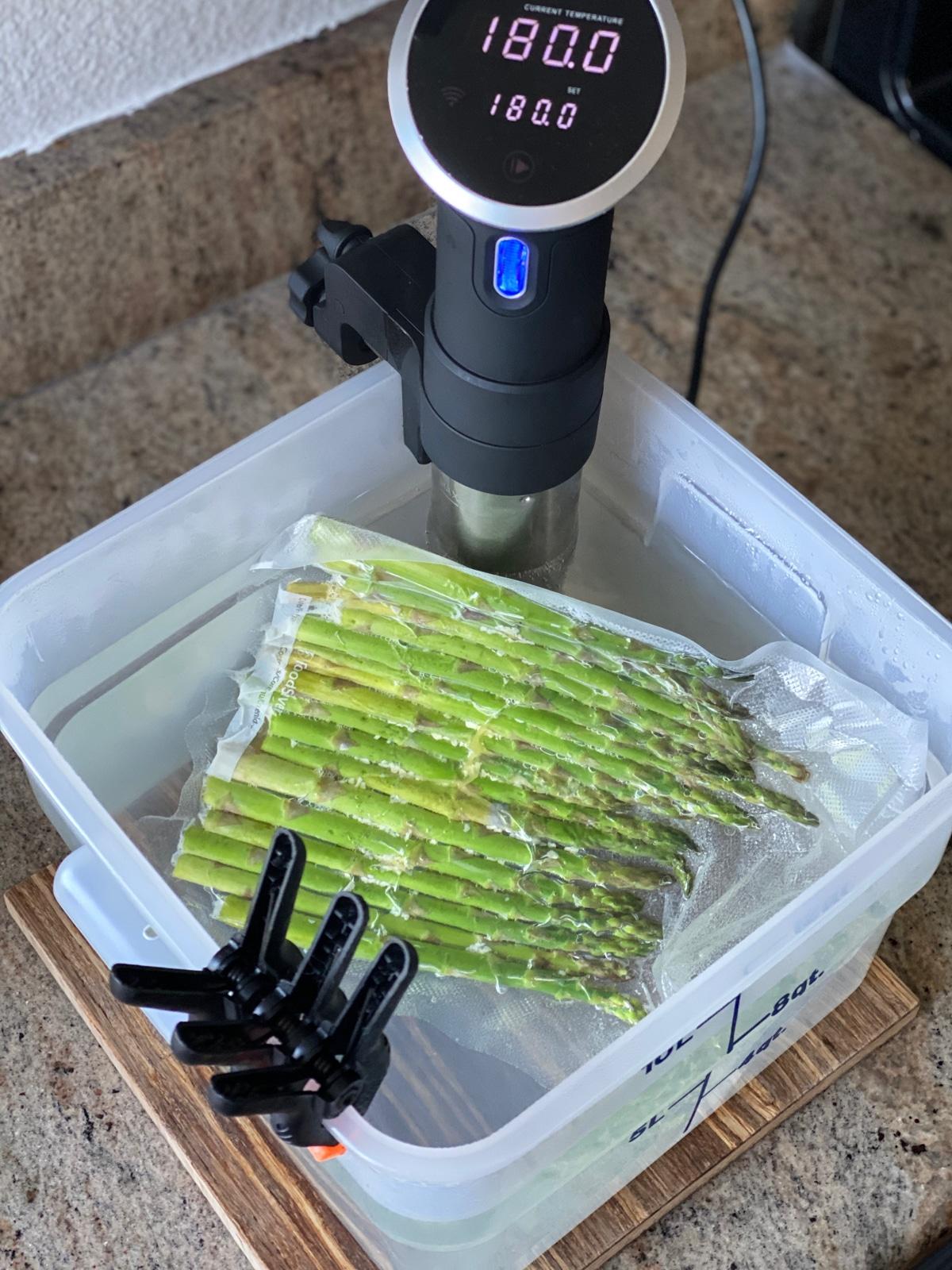 sous vide asparagus with anova sous vide machine