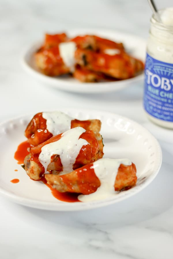 sous vide wings with buffalo sauce