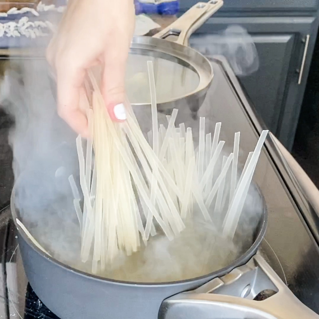 adding A Taste of Thai Rice Noodles Linguine to boiling water