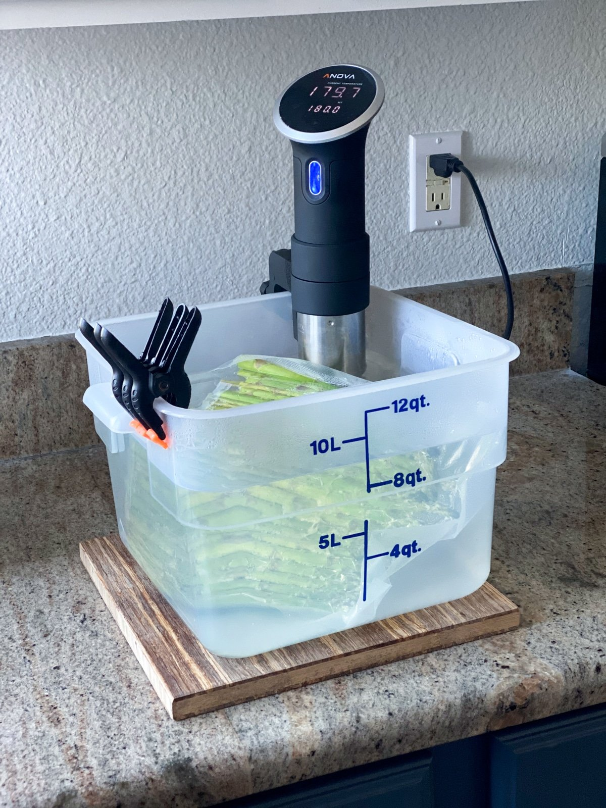cooking frozen asparagus with anova sous vide machine
