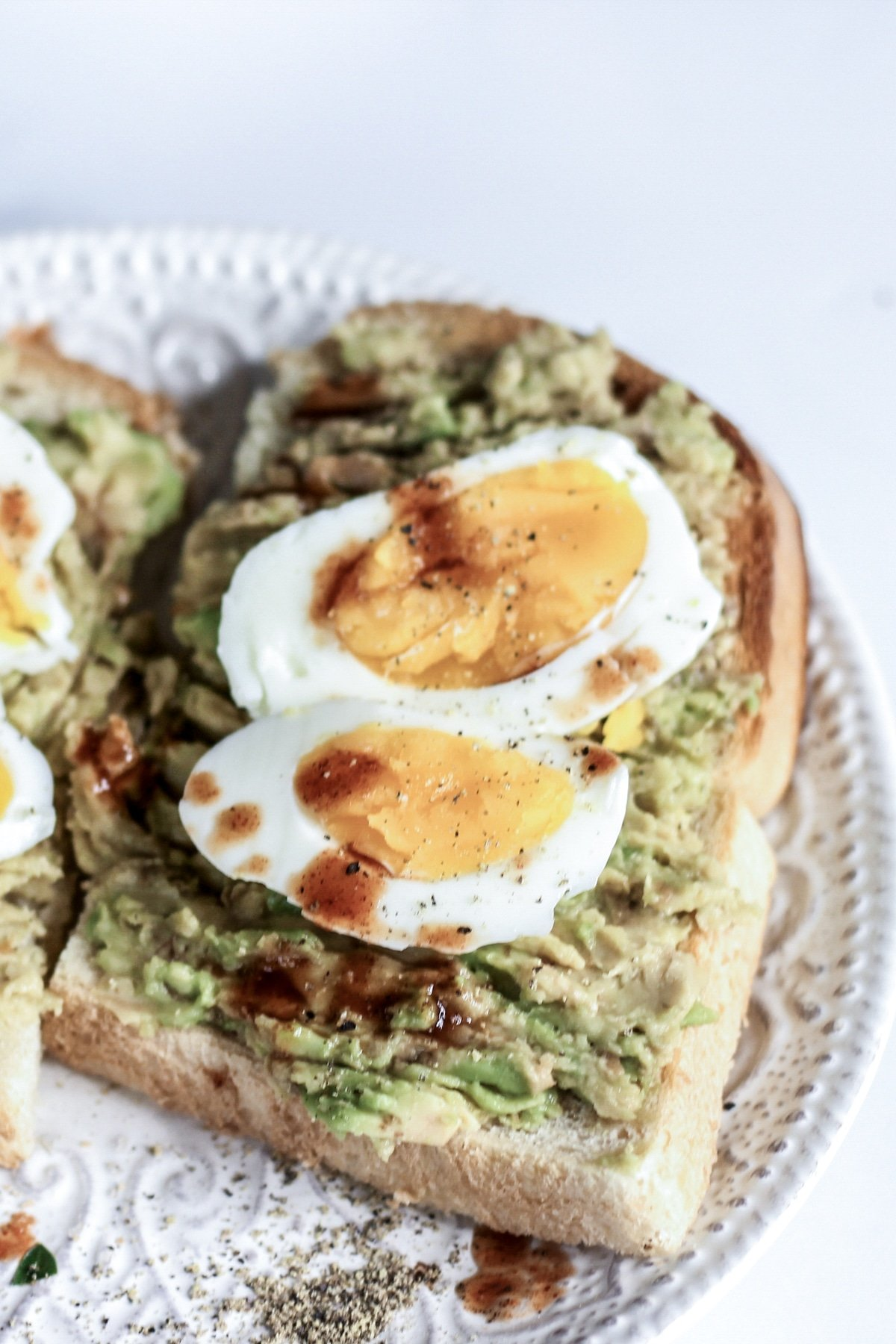 Garlic Avocado Toast With Sous Vide Soft Boiled Egg