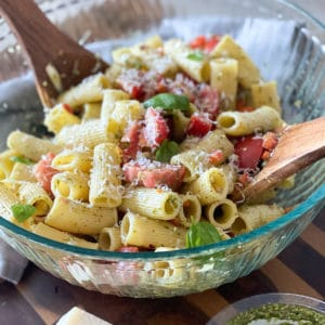 tomato pesto pasta salad with parmesan and basil
