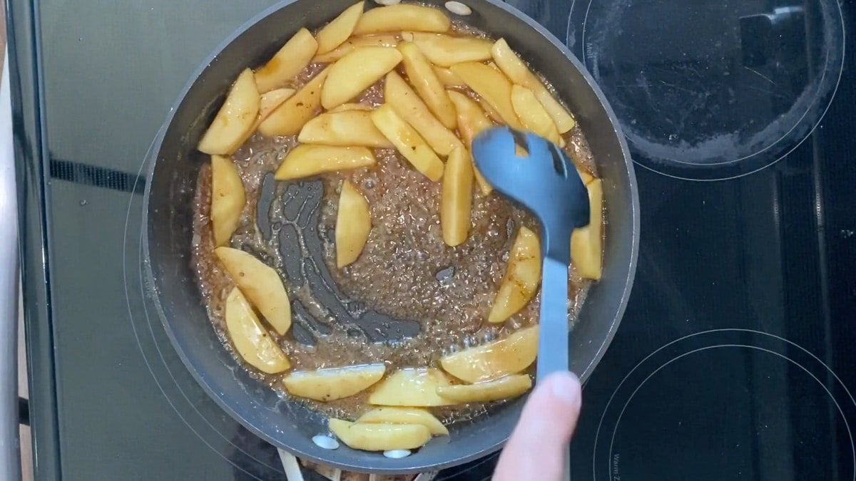 cooking apples in sugar and pie spices