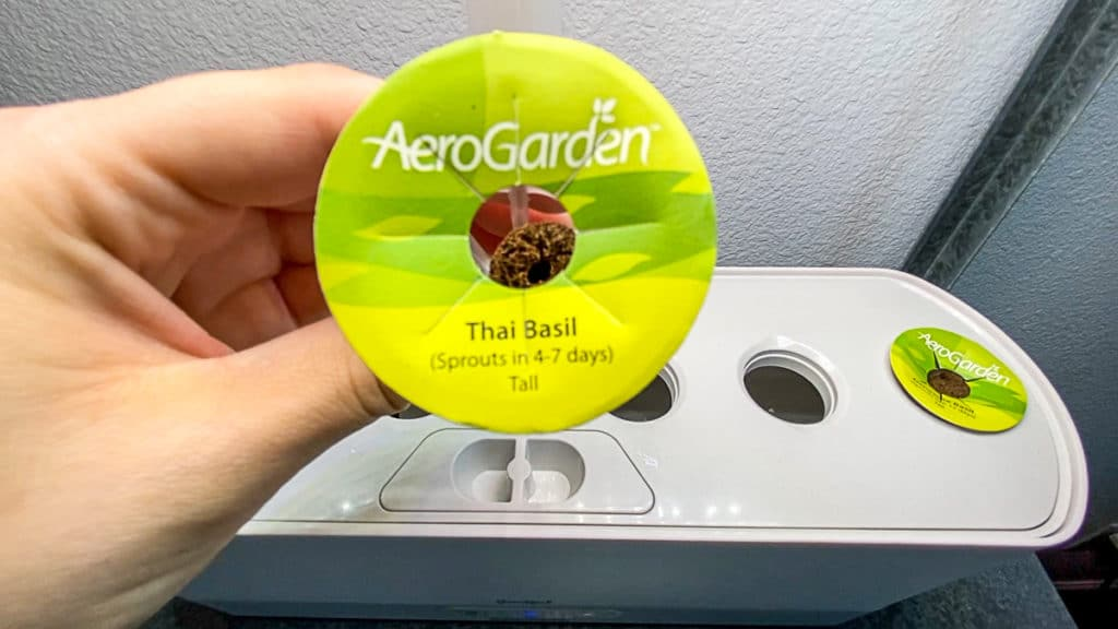 adding herb pods to aerogarden harvest