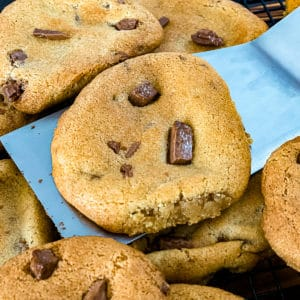 Air Fryer Chocolate Chip Cookies Sip Bite Go baking rack cooling air fried chocolate chip cookies cooling.