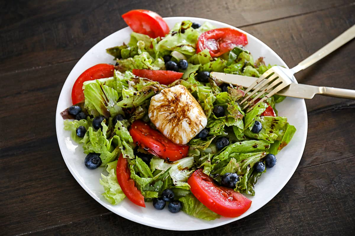 Summer side salad recipe with blueberries.