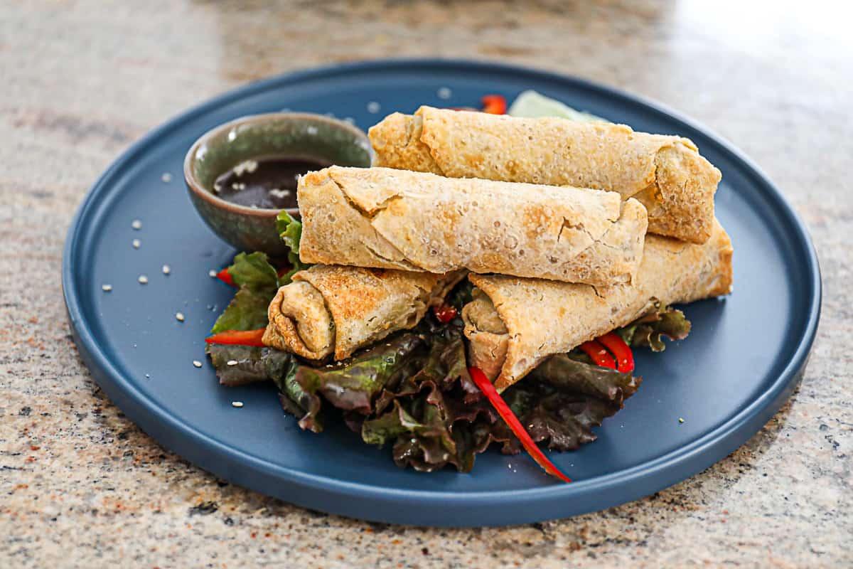 Appetizer air fryer recipe for frozen egg rolls