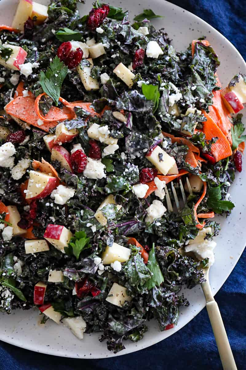 Appetizer salad with Kale and Apples and feta cheese