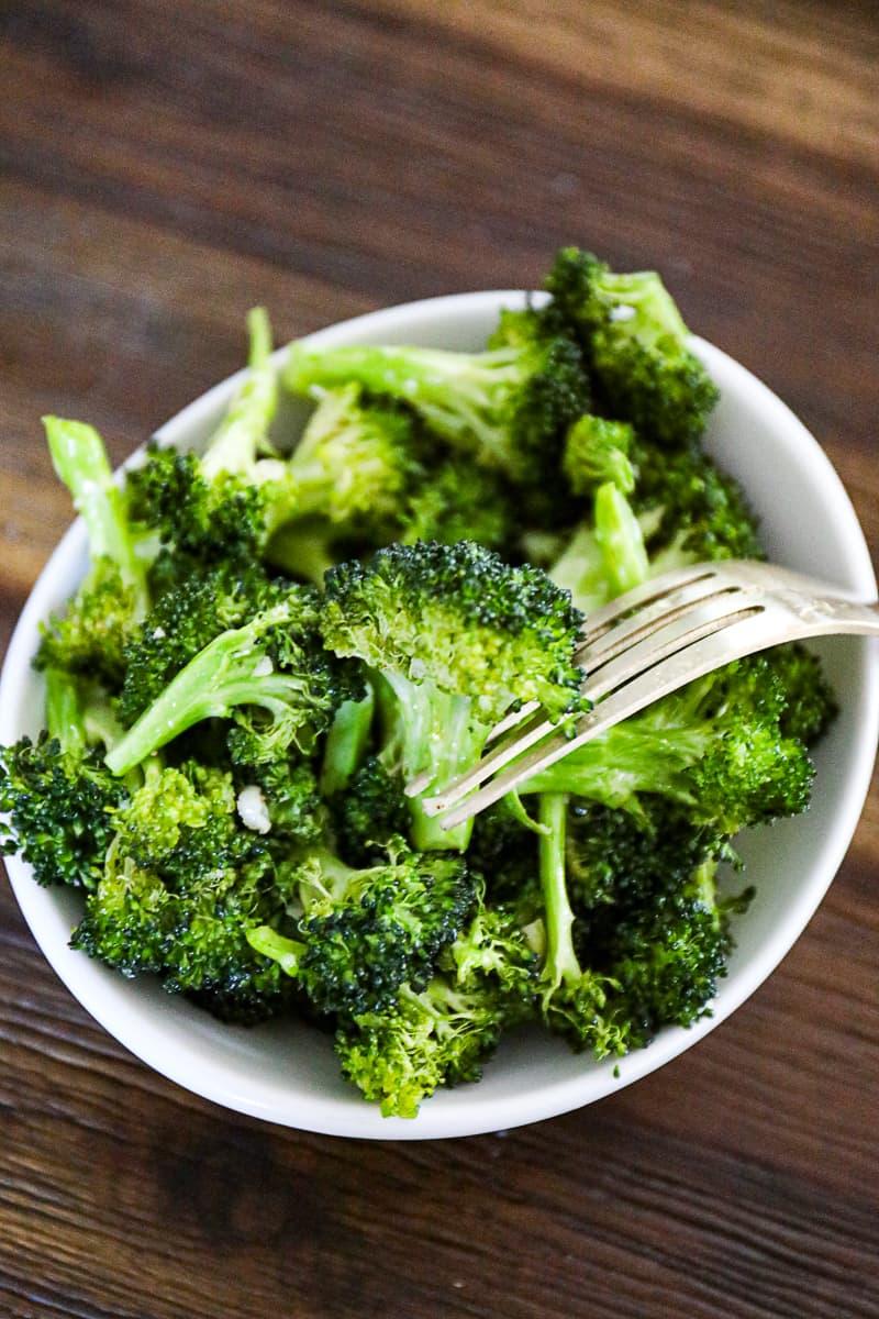 Roasted Air Fryer Broccoli